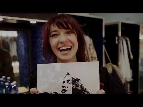 Download Lagu  Lauren Daigle - 1,000,000 Collector's Poster Mp3 Free