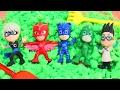 ГЕРОИ В МАСКАХ Мультик на русском для детей Ищем игрушки Герои в масках в цветном песке PJ Mask