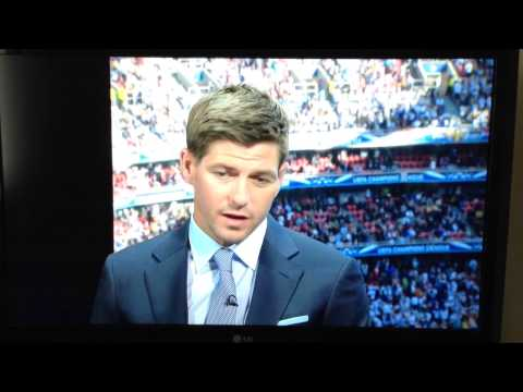 Xabi Alonso tracks down Steven Gerrard at the Champions League final