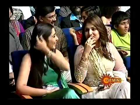 Aarya2 Allu Arjun Bunny Kiss In Filmfair Awards video