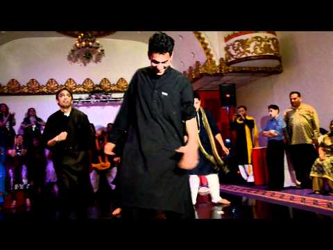 Best Mehndi Dance Ever. video