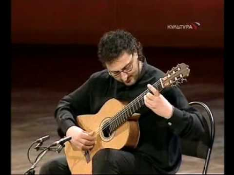 Rare Guitar Video: Aniello Desiderio plays Variations on Carnival of Venice