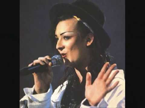♫Do You Really Want To Hurt Me - Pics of Boy George♫ - YouTube