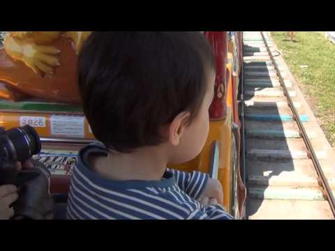 Train Ride Videos for Children, Aden Riding Ride, Mother Farm, Golden Week 2013, Chiba, Japan