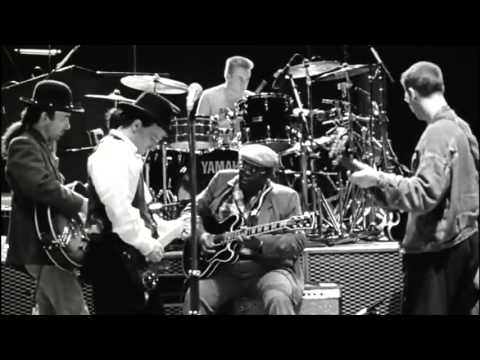 U2 - When Love Comes To Town