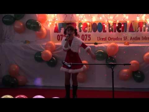Bianca Stefan - Mos Craciun Vreau Sa Vii (live) video