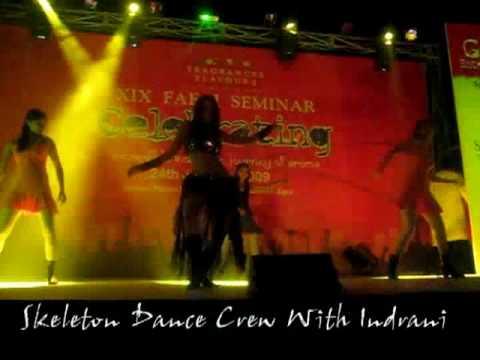 ZARA ZARA TOUCH ME SKELETON DANCE CREW WITH INDRANI