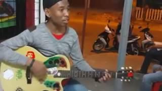 download lagu Suaranya Keren 'angin Bawa Kabar Kasana' gratis