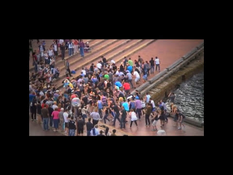 Gaga Romance - LADY GAGA Flash Mob Sydney Harbour [ORIGINAL]