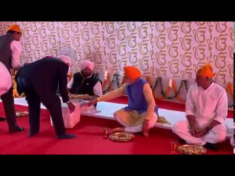 PM at Sikh langar in Punjab refuses table; clip goes viral