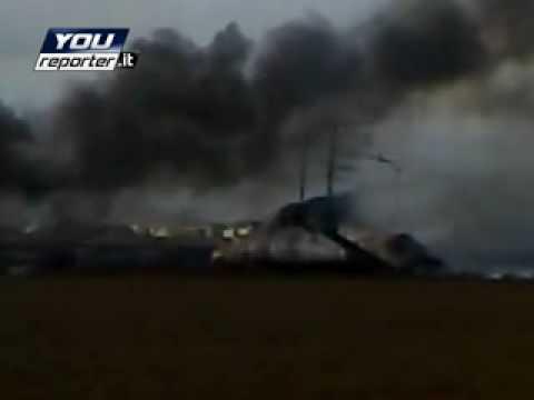 C-130 precipitato a Pisa: l'intervento dei soccorritori