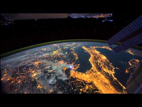 All Alone in the Night - Time-lapse footage of the Earth as seen from ...