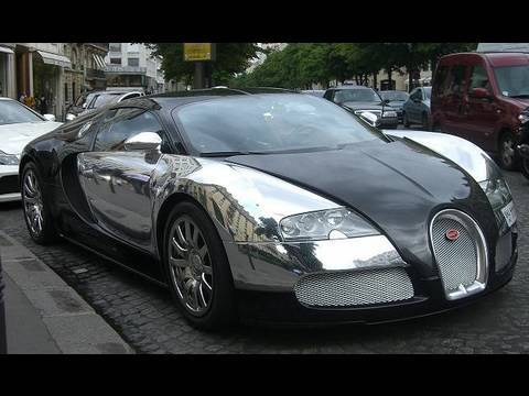 chrome BUGATTI VEYRON in Paris Video