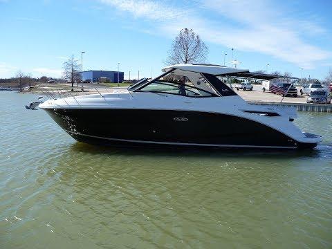 2018 Sea Ray 320 Sundancer For Sale at MarineMax Dallas Yacht Center