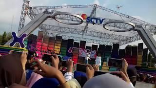 Download Lagu Aldy maldini ft. Salshabilla adr - Biar aku yang pergi Gratis STAFABAND