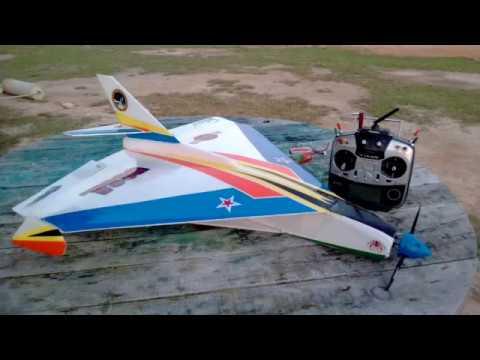 Calaca  Space   RC delta wing slow fly