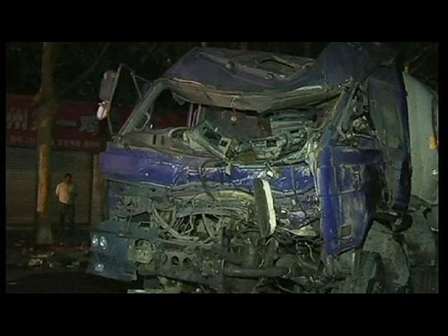 China: tanker accident makes 25 injuries - no comment
