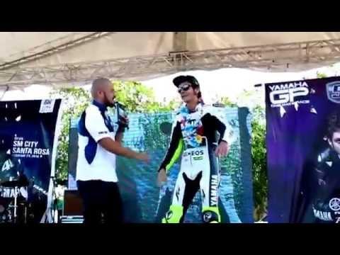 Moto GP 2015 Valentino Rossi Free Practice Yamaha Race