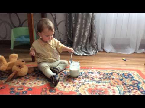 Обед 10-месячного ребенка