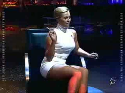 Daniela Blume shows everything like Sharon Stone in Basic Instinct... upskirt shows no panties