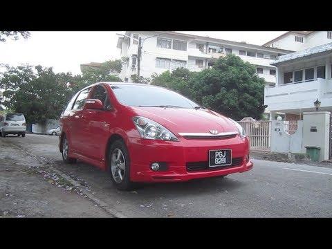 2004 Toyota Wish Start-Up, Full Vehicle Tour and Quick Drive