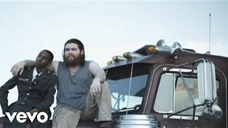 Watch Manchester Orchestra Shake It Out video