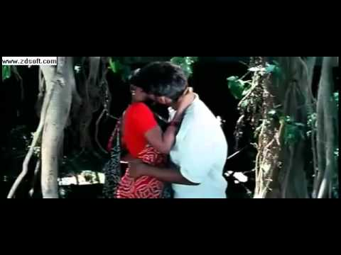 Hot Young Tamil Actress Lip Kiss From Kadhal Kadhai video