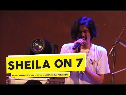 [HD] Sheila on 7 - Film Favorit (Live at CORETAN PUTIH ABU #2)