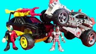 Imaginext DC Super Friends Streets Of Gotham City Cyborg & Saw Buggy And Two Face SUV