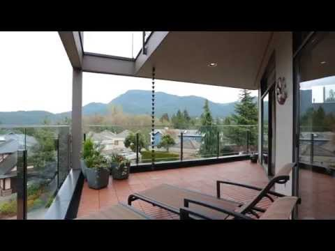 5473 Monte Bre Crescent, West Vancouver, BC - Listed by Eric Langhjelm, David Matiru & Hugh Cooper
