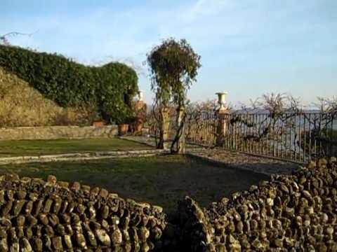 Cortona nel giardino della casa di jovanotti youtube for Planimetrie della casa di piantagione