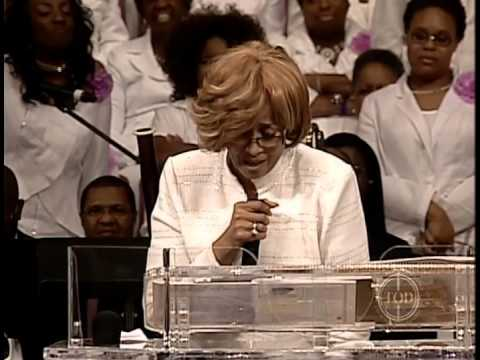 What is it That Keeps You Coming Back for More - Dorinda Clark Cole Part 5