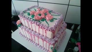 Montando e confeitando bolo de 2 andares retangular