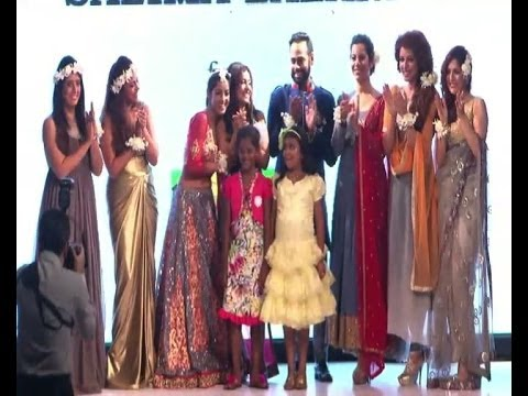 Diya Aur Baati Hum fame Sandhya on ramp - IANS India Videos