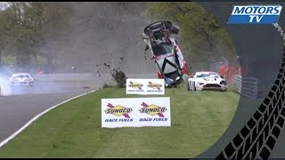 Huge crash of an Aston Martin GT3 during British GT at Brands Hatch !