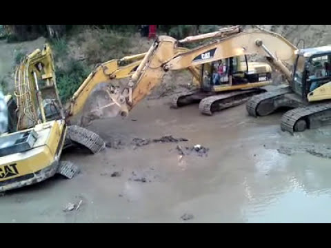 CATERPILLAR EXCAVADORAS ESTERO NONGUEN REGION DEL BIOBIO