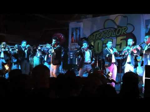 Banda Carnaval En Vivo Popurri De Cumbias