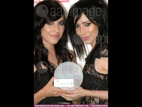 The Veronicas Performing Hook me up Live on Rove The Veronicas-Hook Me Up Instrumental with lyrics + download