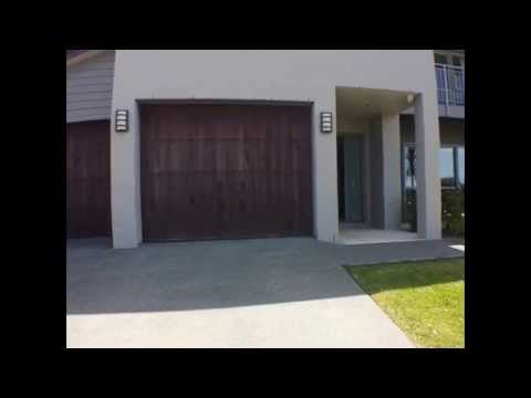 Houses for Rent in Auckland New Zealand 4BR/2BA by Auckland Property Management