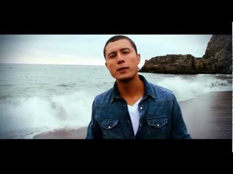 Maxi Vargas - Qudate Junto a Mi (Official Video) HD