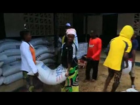 Using food distribution to fend off Ebola spread in Liberia