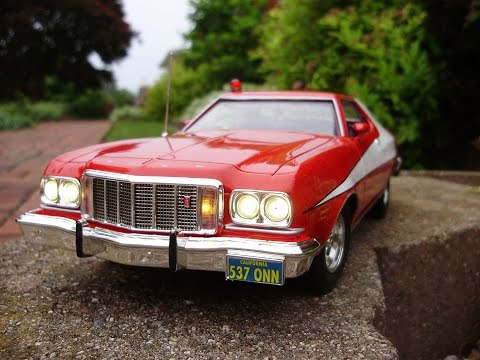 1:18 scale diecast Gran Torino modeled after the one on the GREAT 1980's TV show, Starsky and Hutch. The customer wanted steady high amd low beam headlights, steady tail lights, amber parking...