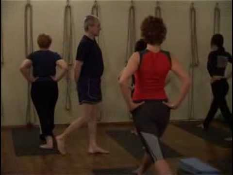 Уроки йога айенгара - видео