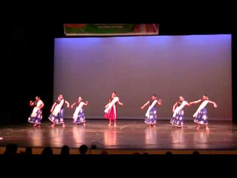 Badi Mushkil Baba Badi Mushkil - By Students Of Pranavam Dance School (manca Onam 2013) video