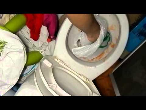 Как прочистить унитаз - как прочистить засор в унитазе?