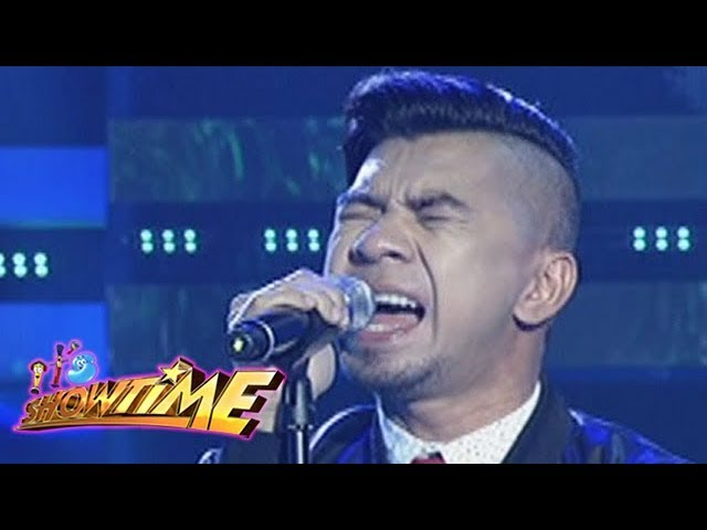 It's Showtime: Rocksteddy performs their latest single, U T I