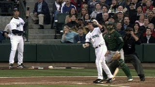 OAK@SEA: Bret Boone hits a grand slam off Barry Zito
