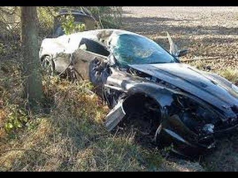 Compilation d 39 accident grave de voiture 65 horrible car crash compilation youtube - Accident de voiture dessin ...