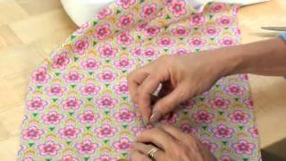 Sew.co.uk How to insert a lapped zip