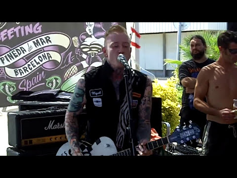 Rocker Covers - Are You Gonna Be My Girl
